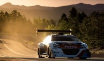 06-peugeot-208-t16-pikes-peak_new
