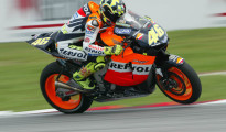 Rossi's crossed-up wheelie, Malaysian MotoGP, 2003